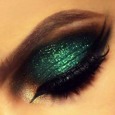 CHIC MAKEUP | glitter | emerald | color of the year