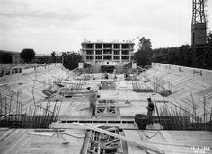 Pic. 15 Unidade de Habitación: Construción da viga principal [Fundación Le Corbusier][1948]