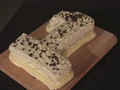 ▶ How To Bake A Number Cake - YouTube