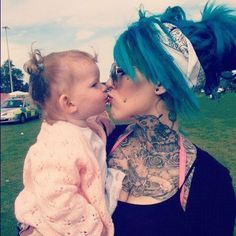 Love her hair ! & even tho she looks a certain way with tattoos & piercings she can still be a good mom <3