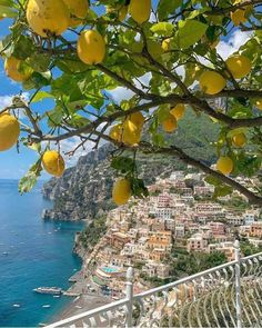 Italian Summer, European Summer, Beautiful Places To Travel, Future Travel, Travel Aesthetic, Italy Travel, Greece Travel, Belle Photo, Dream Vacations