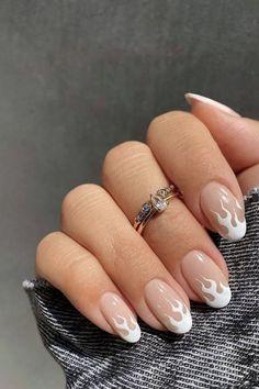 Acrylic Nails Almond Shape, White Almond Nails, Acrylic Nails Coffin Short, Simple Acrylic Nails, Summer Acrylic Nails, Best Acrylic Nails, Almond Nails French, Nail Tip Designs, Almond Nails Designs