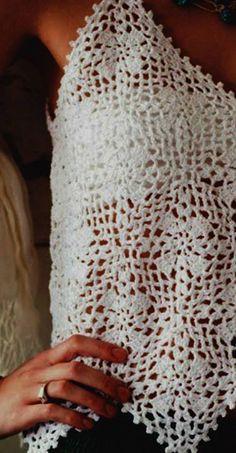 Achei esta linda blusa no Facebook Crochet Kingdom (E.H) .