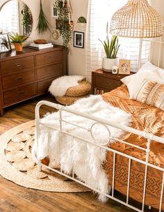 Boho Bedroom Decor, Boho Room, Room Ideas Bedroom, Bedroom Vintage, Cozy Bedroom, Dream Bedroom, Boho Teen Bedroom, Vintage Inspired Bedroom, Dream Rooms