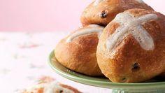 Hot Cross Buns - englische Osterbrötchen Rezept | Sanella