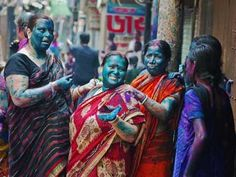Bangladesh - Dol Purnima also called celebration of colors. It is an old Hindu religious celebration which is watch mainly by the inhabitants of Old Dhaka.