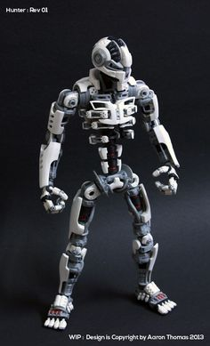 Amazing 3D Printed Action Figure -  http://3dprintboard.com/showthread.php?2365-Ronin-The-3D-Printed-Action-Figure-That-Took-6-Months-to-Complete