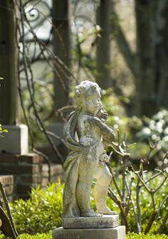 Spitzmiller & Norris | Garden statuary