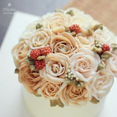 #Buttercream #flowercake #ollicake #olliclass #olligram #rose #flowerpipping #blossom #bouquet #버터크림 #플라워케익 #올리케이크 #동편마을 #꽃스타그램 ollicake@naver.com