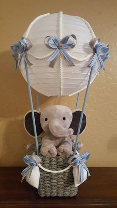 Elephant themed Baby Shower. Hot air balloon by Tina Nilsen