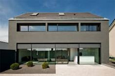 Haus K in Friedrichstal: minimalistische Häuser von Thomas Fabrinsky Dipl.-Ing. Freier Architekt BDA