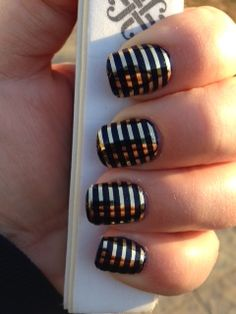 Jamberry Metallic Gold Pinstripe layered over Jamberry Liberty nail lacquer. Jamberry Lacquer, Jamberry Nail Wraps, Jamberry Style, Fabulous Nails, Perfect Nails, Country Girl Nails, No Photoshop, Professional Nails, Cool Nail Designs
