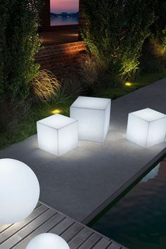 Illuminated light cubes. Great to use outdoors as seating, stools, or just cool lights. -D