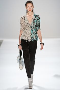Nanette Lepore Fall 2011 Ready-to-Wear Collection Photos - Vogue