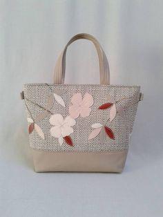 A(z) 24 legjobb kép a(z) Base-bag női táskák táblán  17955a3c5d