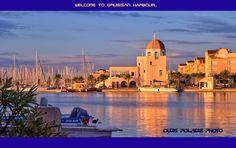 La Capitainerie du port de Gruissan par Ours Polaire