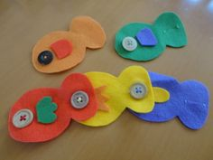 フェルトで簡単!さかなのボタンはめのおもちゃの作り方