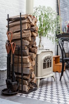 Wood Stove at Cook Space Brooklyn, Photo by Sean Santiago