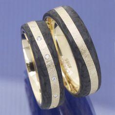 Trouwringen Acredo Met Carbon In Combinatie In Keuze Zilver