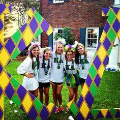 this is so cute!! how great would our new members look. definitely should set up letters in backyard where it is easier to take pictures. we should also make bows to give out to new embers like the ones these girls are wearing