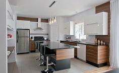 Cuisine au design contemporain Updated Kitchen, New Kitchen, Kitchen Dining, Kitchen Decor, Kitchen Cabinet Design, Interior Design Kitchen, Kitchen Floor Plans, Kitchen Family Rooms, Kitchen Colors