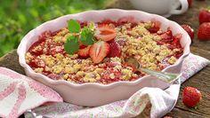 Recept jordgubbspaj under knäckigt smultäcke