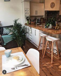 A Quick(ish) Kitchen Update - Melanie Jade Design Kitchen Worktop, Kitchen Units, Open Plan Kitchen, Updated Kitchen, New Kitchen, Kitchen Dining, Kitchen Decor, American Style Fridge Freezer, Kitchen Interior