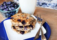 Blueberry Pie Pancakes by chocolatecoveredkatie #Pancakes #Blueberry_Pie