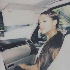 Ariana Grande News: Photo Ariana Grande Fotos, Cabello Ariana Grande, Ariana Grande Cute, Ariana Grande Pictures, Ariana Grande 2018, Ariana Grande Wallpaper, Time Magazine, Magazine Editor, Dangerous Woman