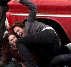 Edward jumps to saved Bella from sliding truck--Twilight