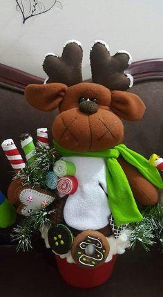 Adorno Christmas Clay, Christmas Holidays, Christmas Wreaths, Xmas, Reindeer, Snowman, Diy And Crafts, Santa, Holiday Decor
