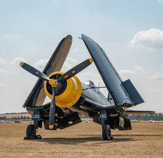 Hawker Hurricane Mk I Into Blue Skies at Shuttleworth Airshow 2018 By David Stoddart F4u Corsair, Hawker Hurricane, Metal Birds, Kinetic Art, Ww2 Planes, Ww2 Aircraft, Model Airplanes, Blue Skies, Air Show