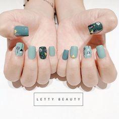 french tip nails Round Nail Designs, Nail Art Designs, Pink Acrylic Nails, Gel Nails, Sassy Nails, Soft Nails, Modern Nails, Round Nails, French Tip Nails