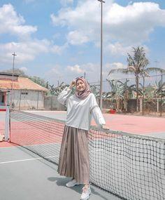 Hijab Style Dress, Modest Fashion Hijab, Modern Hijab Fashion, Casual Hijab Outfit, Hijab Fashion Inspiration, Ootd Hijab, Muslim Fashion, Girl Hijab, Fashion Outfits