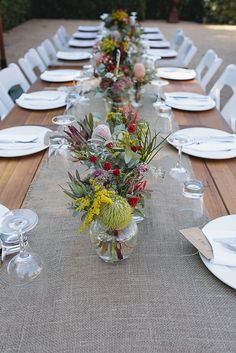 Wedding table decorations diy - DIY Victoria Wedding at Euroa Butter Factory – Wedding table decorations diy Aussie Christmas, Australian Christmas, Christmas Decorations Australian, Christmas Lunch, Holiday Dinner, Christmas Christmas, Christmas Ideas, Wedding Table Flowers, Wedding Table Settings