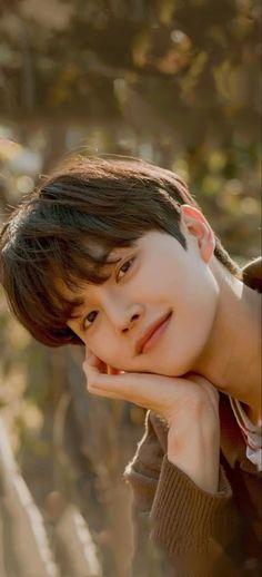 Korean Male Actors, Handsome Korean Actors, Asian Actors, Song Kang Ho, Sung Kang, Boyfriend Pictures, Boy Pictures, Cute Celebrities, Korean Celebrities