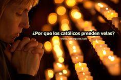 ¿Por qué encendemos velas?  calvario_quinario_luz_cuareLas velas son un sacramental utilizado en la liturgia y en la religiosidad popular. Las velas son un signo de la luz que disipa las tinieblas. La vela es un símbolo de Dios, el dador de vida y la luz del mundo.  Se utilizan velas en la administración de los sacramentos, la Santa Misa, la exposición del santísimo, funerales y otras ceremonias.  El cirio pascual se bendice en la Vigilia de Pascua, hecho de cera pura de a