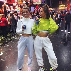 Topshop oversized joggers also Pretty Little Things Fair Outfits, Chill Outfits, Sporty Outfits, College Outfits, Trendy Outfits, Summer Outfits, Cute Outfits, Urban Fashion, Teen Fashion