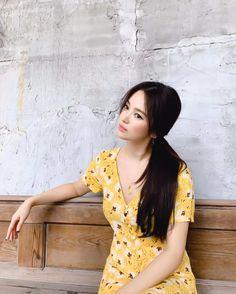 """🇰🇷 Korean Drama Movie 🇮🇩 on Twitter: """"Mba mantan cangtip paripurna 😍  #SongHyeKyo… """" Korean Beauty, Asian Beauty, Song Hye Kyo Style, Song Hye Kyo Hair, G Song, Short Girl Fashion, Asian Eye Makeup, Korean Drama Movies, Korean Dramas"""
