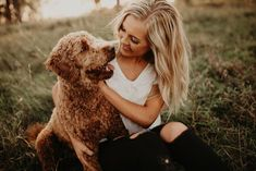Fall Senior Pictures, Photography Senior Pictures, Senior Photos Girls, Senior Picture Outfits, Senior Portraits, Girl Photography, Senior Pics, Photos With Dog, Girl And Dog