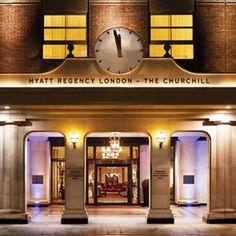 Londen: Hyatt Regency Churchill *****  Dit luxe hotel biedt u alles wat u zoekt in een hotel. Laat u heerlijk verwennen tijdens uw verblijf in Londen!     Ligging  in Marlyebone, vlakbij bekende highlights van Londen, waaronder Oxford Street, Soho, West End en Marble Arch.      Kamertype  zeer comfortabel, voorzien van tv, telefoon, minibar, kluisje, airco, bureau, koffie- en theezetfaciliteiten, wifi ( ), docking station en badkamer met bad of douche, badjas, toilet.