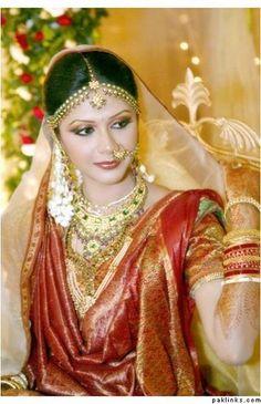 taraditional-bridal