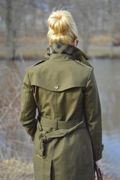 burberry green trench coat - fall winter outfit ideas - how to wear a trench coat