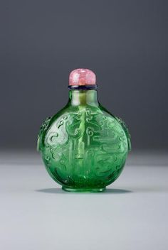 Asian Antiques Dedicated Old Chinese Reverse Glass Painting Snuff Bottle Green Stone Top W/ Signature Antiques