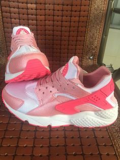 http://www.bonanza.com/listings/Nike-Air-Huarache-For-Women-Pink-Running-Shoes-Size-Us-5-5-8-5/368471182