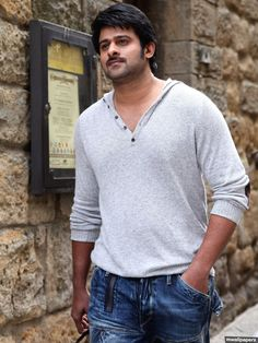 Prabhas rocking in casuals ( Prabhas Actor, Best Actor, Prabhas Pics, Hd Photos, Galaxy Pictures, New Pictures, Mahesh Babu Wallpapers, Wallpaper Photo Hd, Epic Film