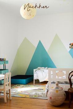 Project: Toy-free children's room, and how you can finally find out how much toys your child really needs - Miss in luck - Alltagsideen mit Kind - Spielzeug Cool Baby, Nursery Wall Art, Nursery Decor, Scandinavian Nursery, Boys Bedroom Decor, Room Inspiration, Baby Room, Color Schemes, Home Decor
