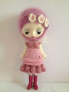 Frilly Pinny for Blythe doll pattern by Jane Pierrepont