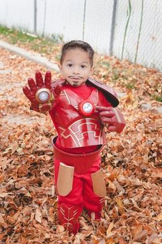 DIY Iron Man Costume: My wanted to be Iron Man for Halloween, and I didn't like any of the store-bought costumes, so I decided to make it myself. It really wasn't too hard and I got most of the pieces from the dollar store. Iron Man Halloween Costume, Marvel Halloween Costumes, Avengers Costumes, Superhero Halloween, Superhero Family, Halloween 2018, Fall Halloween, Family Halloween Costumes, Diy Costumes