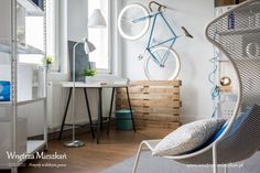 """Mieszkanie singla może być nie tylko przytulne, ale też funkcjonalne.  Aranżacja małego mieszkania jest wyzwaniem dla właściciela.  Na blogu """"Wnętrza mieszkań"""" www.wnetrza-mieszkan.pl w artykule """"Mieszkanie singla"""" doradzamy jak prawidłowo zaaranżować małe mieszkanie, by było miejscem przyjaznym.  Blog Wnętrza mieszkań, pomysły w dobrym guście"""